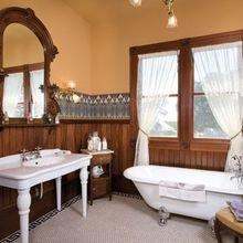 Фотография: Ванная в стиле Кантри, Декор интерьера, Интерьер комнат, Викторианский – фото на InMyRoom.ru