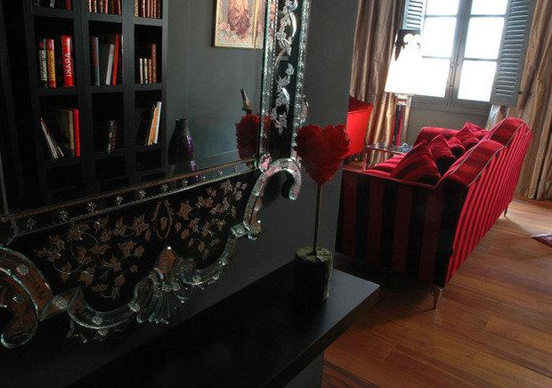 Фотография: Кухня и столовая в стиле Прованс и Кантри, Декор интерьера, Франция, Дома и квартиры, Городские места, Отель, Прованс – фото на InMyRoom.ru