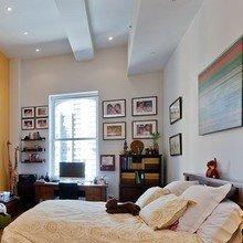 Фотография: Спальня в стиле Современный, Лофт, Декор интерьера, Квартира, Дома и квартиры, Большие окна – фото на InMyRoom.ru