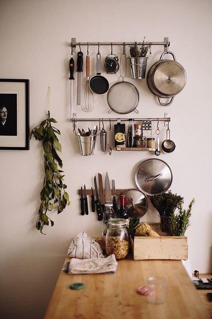 Фотография: Кухня и столовая в стиле Прованс и Кантри, Лофт, DIY, Малогабаритная квартира, Квартира, Советы – фото на InMyRoom.ru