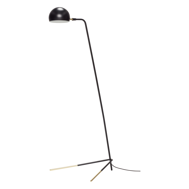 Напольная лампа черного цвета