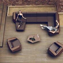 Фотография: Гостиная в стиле Современный, Интерьер комнат, Joquer, Sancal, Vondom, Тема месяца, Диван – фото на InMyRoom.ru