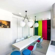 Фото из портфолио Квартирный вопрос: Кухня под вишнями – фотографии дизайна интерьеров на InMyRoom.ru