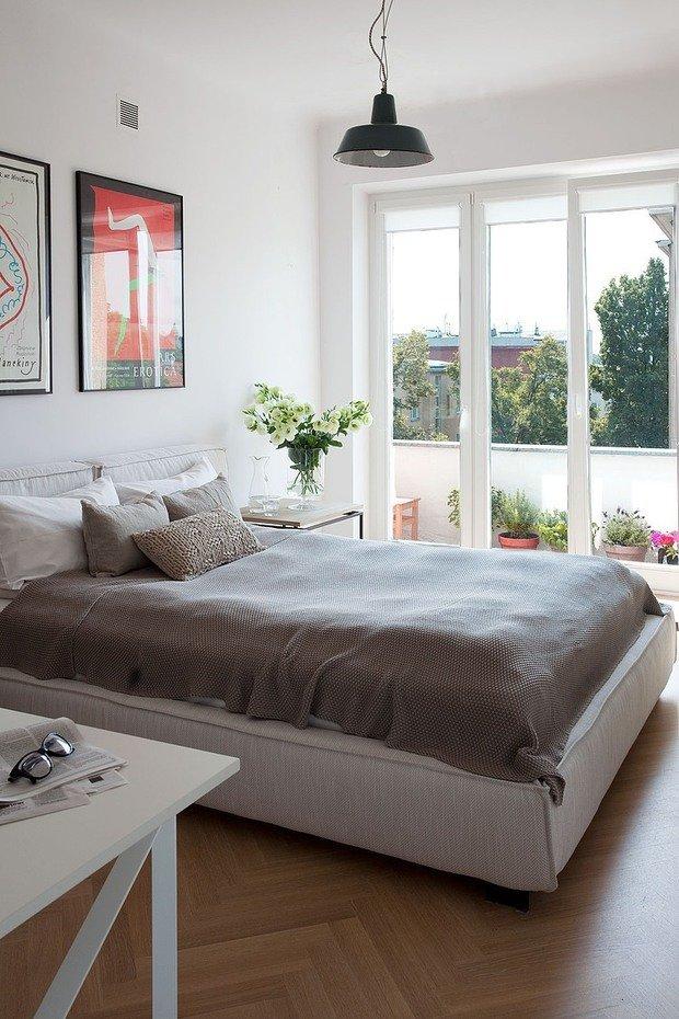 Фотография: Спальня в стиле Скандинавский, Лофт, Квартира, Цвет в интерьере, Дома и квартиры, Белый, Стена – фото на InMyRoom.ru