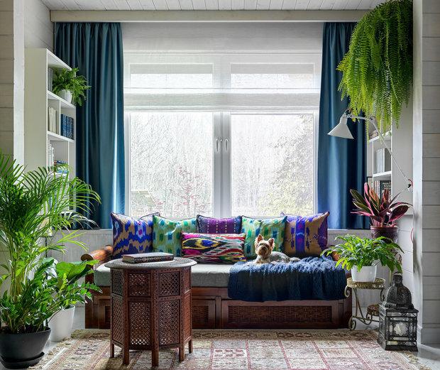 Фотография: Гостиная в стиле Восточный, Декор интерьера, Кашпо, живые растения в интерьере, Как выбрать кашпо, Светлана Давыдова – фото на INMYROOM