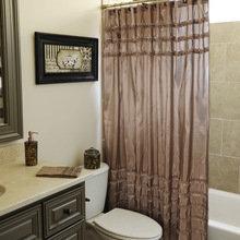Фотография: Ванная в стиле Классический, Современный, Декор интерьера, Текстиль, Подушки, Шторы – фото на InMyRoom.ru