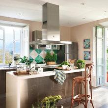 Фотография: Кухня и столовая в стиле Кантри, Декор интерьера, Дом и дача – фото на InMyRoom.ru