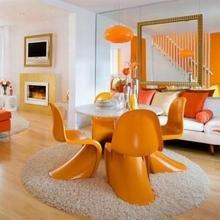 Фотография: Гостиная в стиле Эклектика, Декор интерьера, Дизайн интерьера, Цвет в интерьере, Оранжевый – фото на InMyRoom.ru
