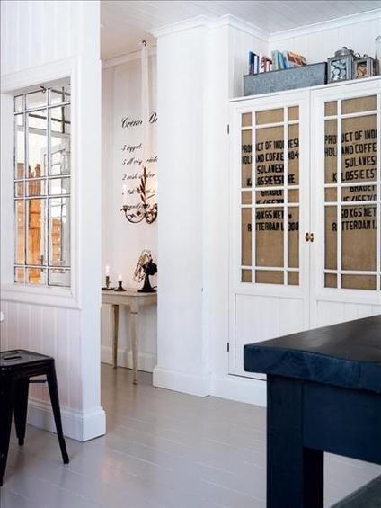 Фотография: Прихожая в стиле Скандинавский, Кухня и столовая, Декор интерьера, Квартира, Дом, Интерьер комнат, Цвет в интерьере, Белый – фото на InMyRoom.ru