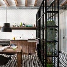 Фотография: Кухня и столовая в стиле Лофт, Декор интерьера, Мебель и свет – фото на InMyRoom.ru