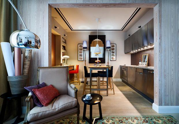 Фотография: Кухня и столовая в стиле Современный, Малогабаритная квартира, Квартира, Цвет в интерьере, Дома и квартиры, Переделка – фото на InMyRoom.ru