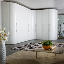 Фото из портфолио Угловой шкаф с радиусным завершением Infinity – фотографии дизайна интерьеров на INMYROOM