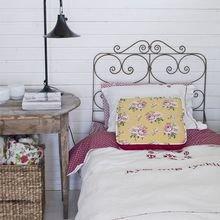 Фотография: Спальня в стиле Кантри, Ландшафт, Флористика, Декор, Терраса, Советы, Дача, Эко, Дом и дача – фото на InMyRoom.ru