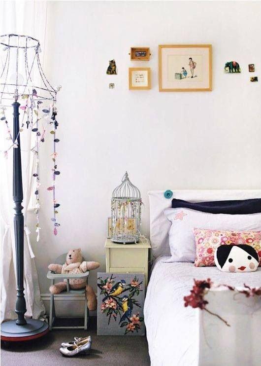 Фотография: Спальня в стиле Скандинавский, Декор интерьера, Дом, Декор дома, Праздник – фото на InMyRoom.ru