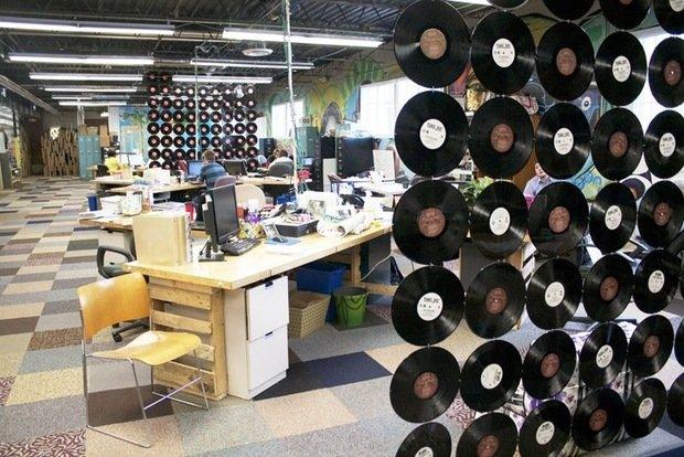 Фотография: Офис в стиле Лофт, DIY, Стиль жизни, Советы, Перегородки – фото на InMyRoom.ru