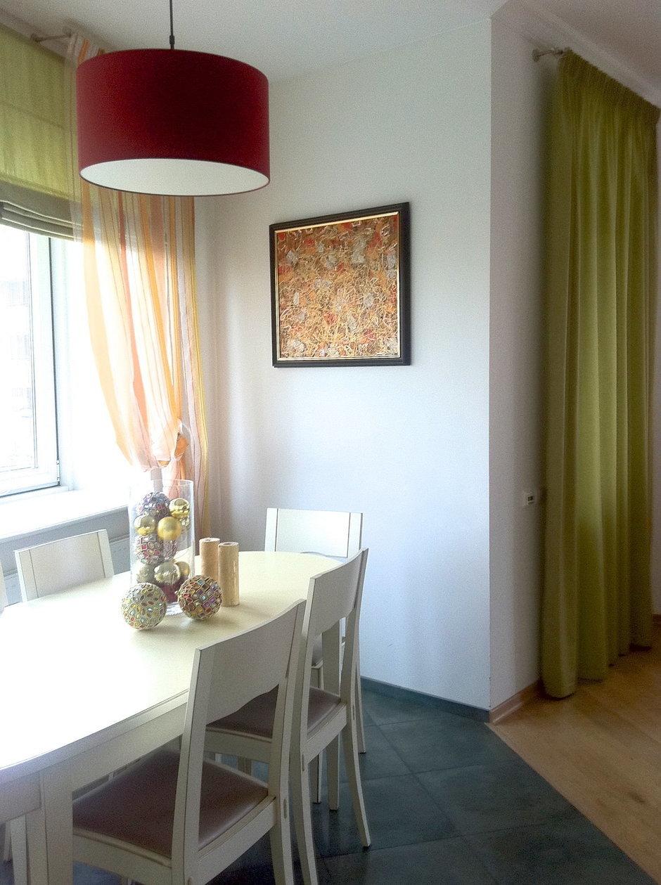 Фотография: Кухня и столовая в стиле Современный, Декор интерьера, Декор дома, Картины, Современное искусство – фото на InMyRoom.ru