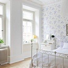 Фотография: Спальня в стиле Кантри, Скандинавский, Квартира, Швеция, Цвет в интерьере, Дома и квартиры, Белый – фото на InMyRoom.ru