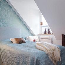 Фотография: Спальня в стиле Минимализм, Лофт, Скандинавский, Квартира, Швеция, Цвет в интерьере, Дома и квартиры, Белый, Картины – фото на InMyRoom.ru