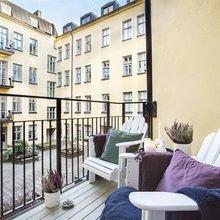 Фотография: Балкон, Терраса в стиле Современный, Скандинавский, Квартира, Швеция, Цвет в интерьере, Дома и квартиры, Белый – фото на InMyRoom.ru