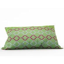 Декоративная подушка: Нежный узор