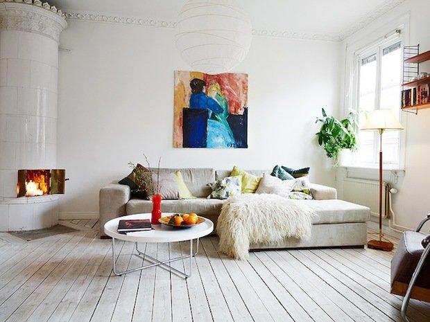 Фотография: Гостиная в стиле Скандинавский, Цвет в интерьере, Стиль жизни, Советы, Белый – фото на InMyRoom.ru