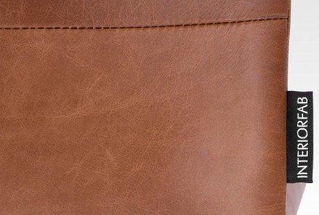 Продам два кожаных дизайнерских стула