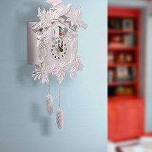 Фото из портфолио Настенные часы с кукушкой – фотографии дизайна интерьеров на InMyRoom.ru