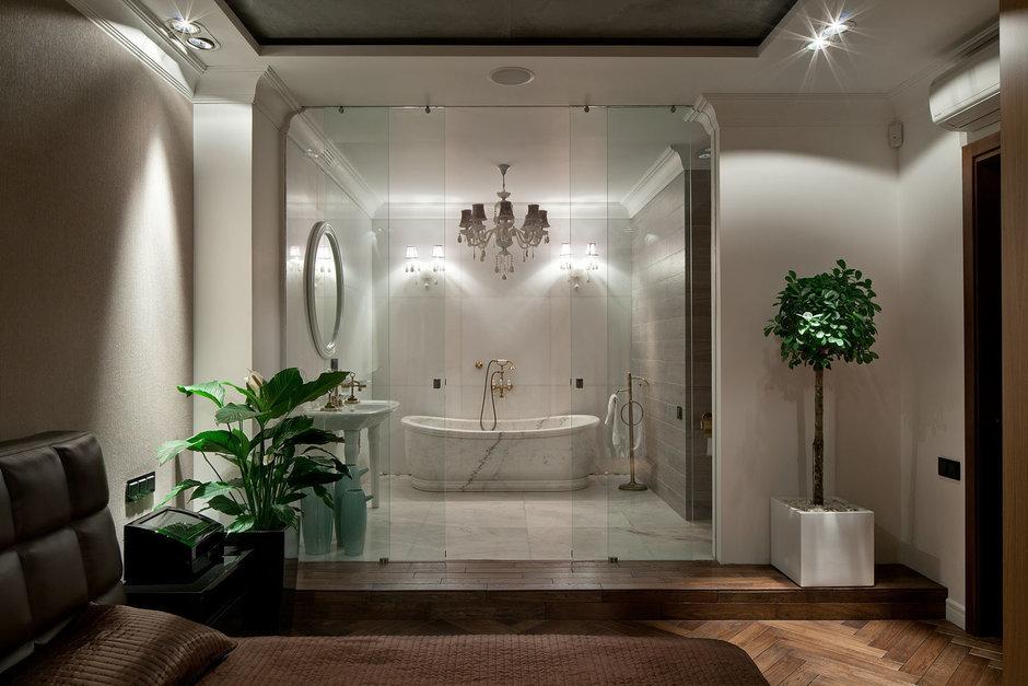 Фотография: Ванная в стиле Эклектика, Спальня, Классический, Интерьер комнат, Проект недели – фото на InMyRoom.ru
