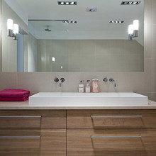 Фотография: Ванная в стиле Современный, Дом, Швеция, Цвет в интерьере, Дома и квартиры, Белый – фото на InMyRoom.ru