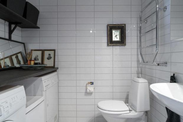 Фотография: Ванная в стиле Скандинавский, Декор интерьера, Квартира, Швеция, Черный, 2 комнаты – фото на InMyRoom.ru