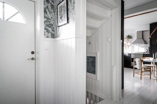 Фотография: Прихожая в стиле Скандинавский, Современный, Декор интерьера, Дом, Швеция, Серый, Гетеборг, нейтральные тона в отделке, как оформить дом в современном стиле, 4 и больше, Более 90 метров – фото на INMYROOM