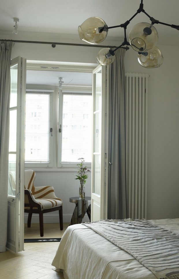 Фотография: Спальня в стиле Эклектика, Классический, Квартира, Минимализм, Проект недели, Москва, 3 комнаты, Более 90 метров, Анна Эрман – фото на INMYROOM