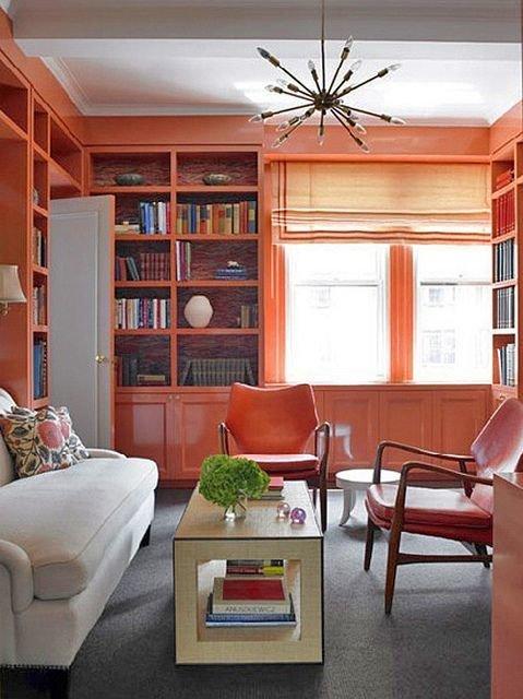 Фотография: Гостиная в стиле Прованс и Кантри, Декор интерьера, Декор, Домашняя библиотека, как разместить книги в интерьере, книги в интерьере – фото на InMyRoom.ru
