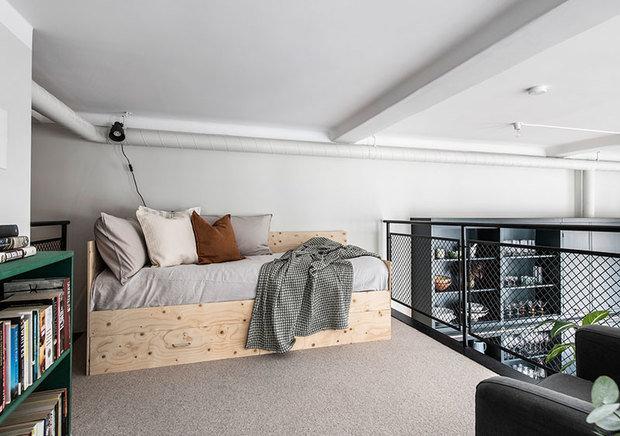 Фотография: Спальня в стиле Скандинавский, Современный, Белый, Отель, Минимализм, Зеленый, Бежевый, Серый, Коричневый, Гид, Более 90 метров – фото на INMYROOM
