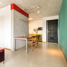 Фотография: Кухня и столовая в стиле Современный, Декор интерьера, Малогабаритная квартира, Квартира, Дома и квартиры – фото на InMyRoom.ru