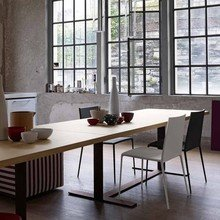 Фотография: Кухня и столовая в стиле Лофт, Квартира, Цвет в интерьере, Дома и квартиры, B&B Italia – фото на InMyRoom.ru