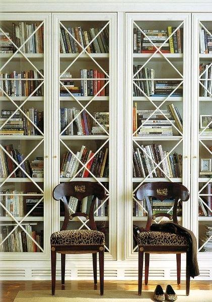 Фотография: Мебель и свет в стиле Прованс и Кантри, Декор интерьера, Декор, Домашняя библиотека, как разместить книги в интерьере, книги в интерьере – фото на InMyRoom.ru