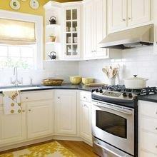 Фотография: Кухня и столовая в стиле Кантри, Советы, Ремонт на практике – фото на InMyRoom.ru