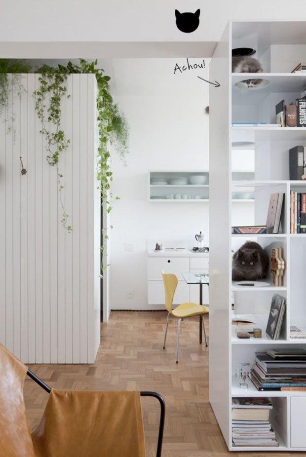 Фотография: Кухня и столовая в стиле Скандинавский, Декор интерьера, Мебель и свет, Перегородки – фото на InMyRoom.ru