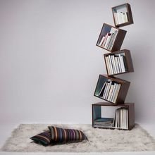 Фото из портфолио Полки: креативные идеи для размещения книг – фотографии дизайна интерьеров на INMYROOM