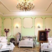 Фотография: Спальня в стиле Классический, Современный, Текстиль, Индустрия, События, Плед – фото на InMyRoom.ru