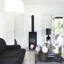 Фото из портфолио Романтичный деревянный дом в лесу – фотографии дизайна интерьеров на InMyRoom.ru