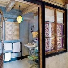 Фотография: Ванная в стиле Кантри, Дом, Дома и квартиры, Шале – фото на InMyRoom.ru