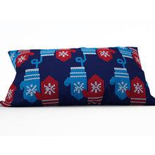 Дизайнерская подушка: Новогодние варежки