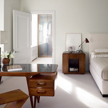 Фотография: Спальня в стиле Современный, Декор интерьера, Квартира, Дома и квартиры, Минимализм, Стены – фото на InMyRoom.ru