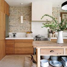Фотография: Кухня и столовая в стиле Кантри, Эко, Декор интерьера, Дом, Франция, Дома и квартиры – фото на InMyRoom.ru