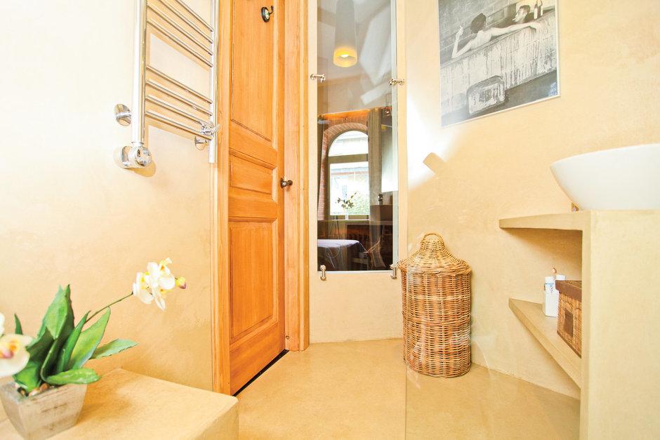 Фотография: Ванная в стиле Восточный, Лофт, Декор интерьера, Дом, Дома и квартиры, Стена – фото на InMyRoom.ru
