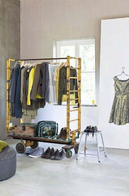 Фотография: Прихожая в стиле Современный, Гардеробная, Малогабаритная квартира, Хранение, Интерьер комнат, Гардероб – фото на InMyRoom.ru