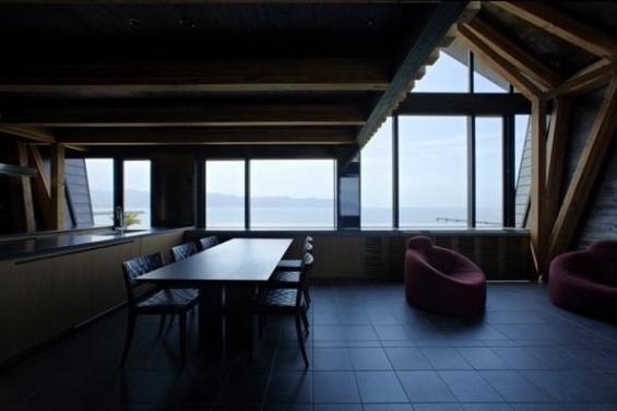 Фотография: Кухня и столовая в стиле Минимализм, Декор интерьера, Дом, Дома и квартиры, Архитектурные объекты – фото на InMyRoom.ru