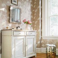 Фотография: Ванная в стиле Кантри, Декор интерьера, Декор дома, Обои – фото на InMyRoom.ru
